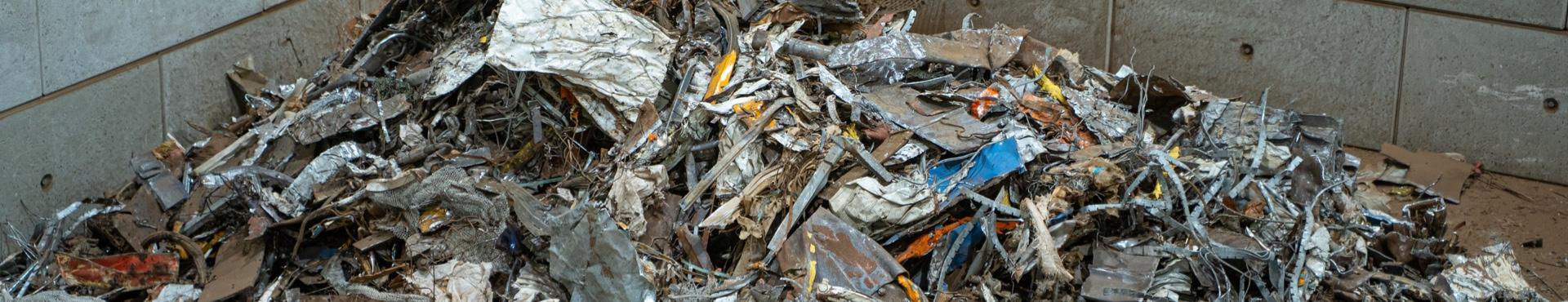 Verschmutzter Stahlschrott